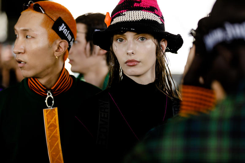 palm angels spring summer 2019 milan fashion week woven knit hat tanning bed glasses goggles orange tag neck zipper