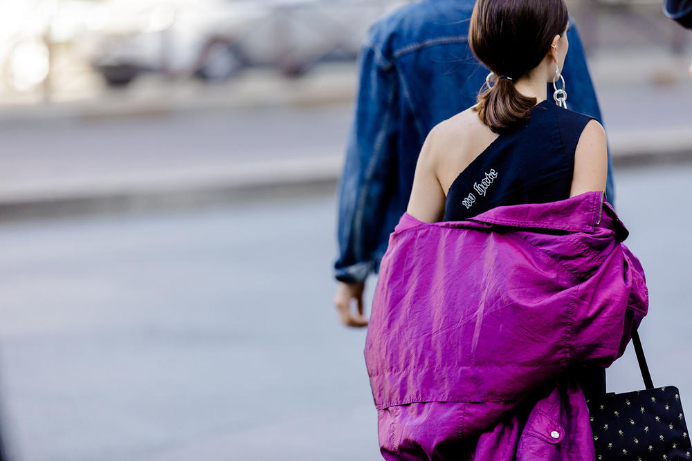 street style snap paris fashion week spring summer 2019