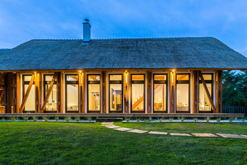 Portushome Guesthouse Barna Architects Dörgicse Hungary Houses Modern Wooden Interior Exterior