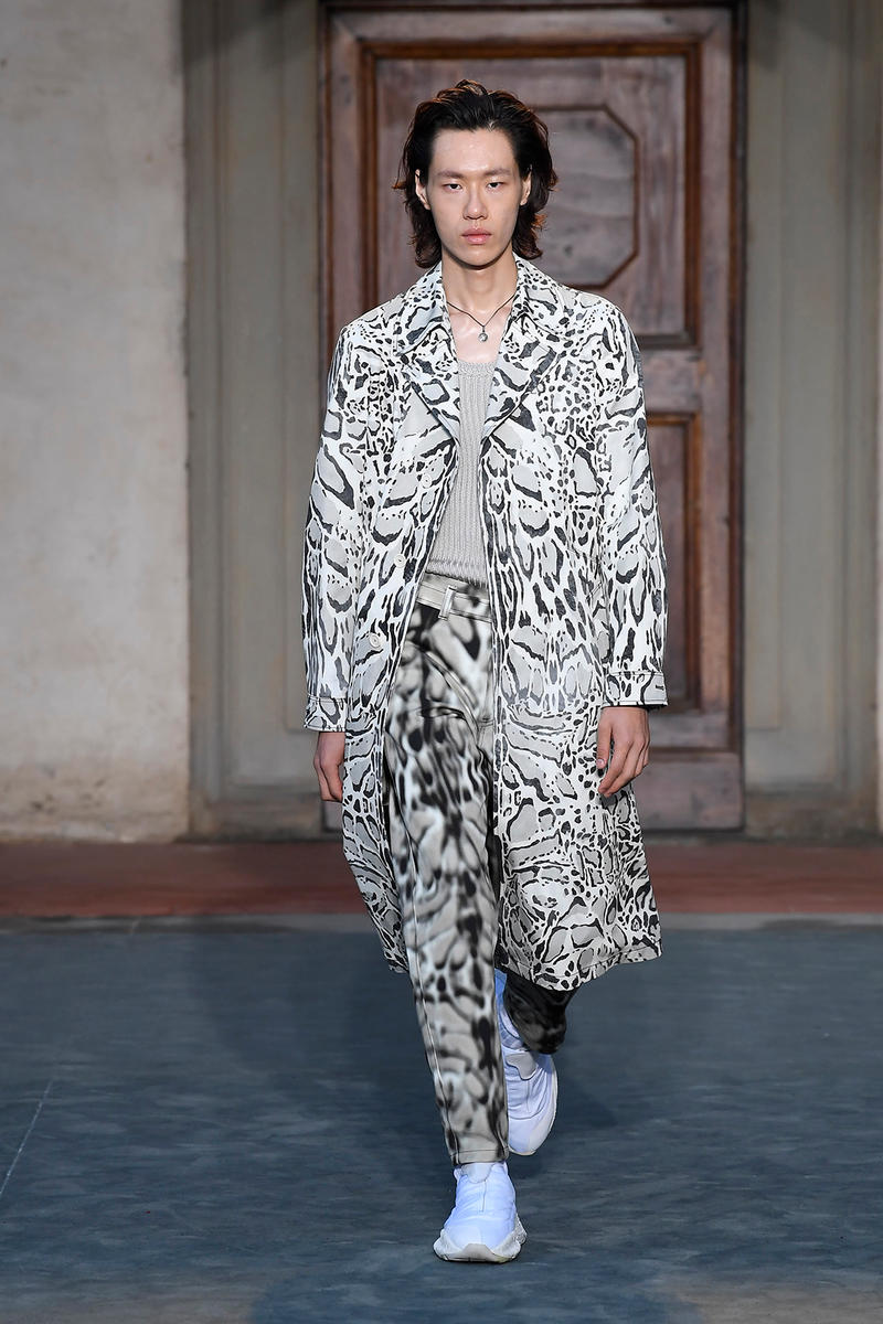 Roberto Cavalli Spring Summer 2019 Collection runway show release date info drop animal print pattern