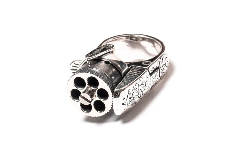 TAKAHIROMIYASHITA The SoloIst. Femme Fatale Ring accessories jewellery silver western revolver