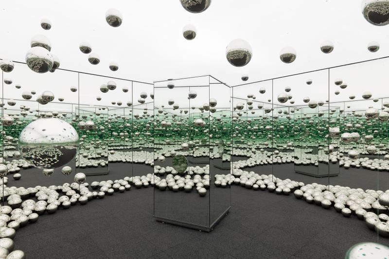 yayoi kusama infinity room wnder museum chicago installation exhibition art artwork