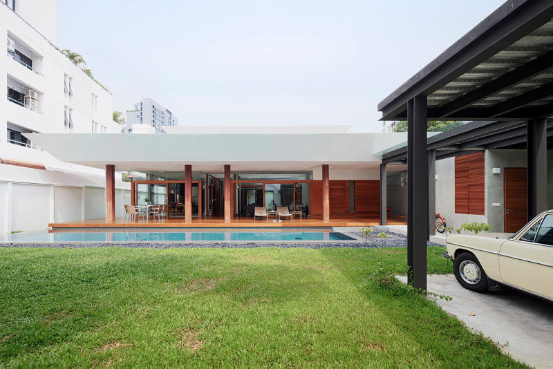 Aree House Monotello Khwaeng Samsen Nai Thailand Architecture Design Homes Houses Swimming Pool Modern Interior Exterior Wooden Sleek