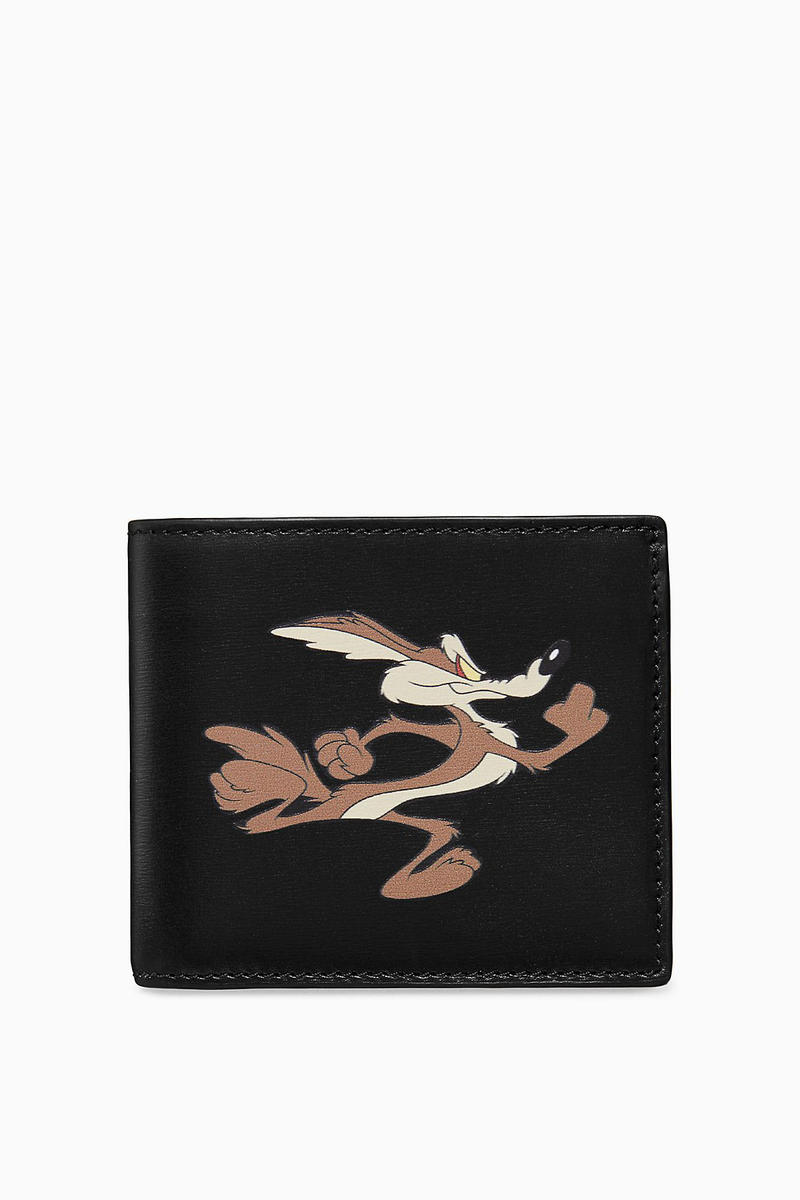 calvin klein 205w39nyc wile e coyote the roadrunner looney tunes leather bags zipper wallet card case intarsia reverse knit sweater collaboration black cream blue fall winter 2018 drop release date pre order buy sale shop sell