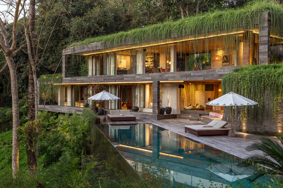 "Bali's ""Chameleon Villa"" Is a Mountainside Oasis"