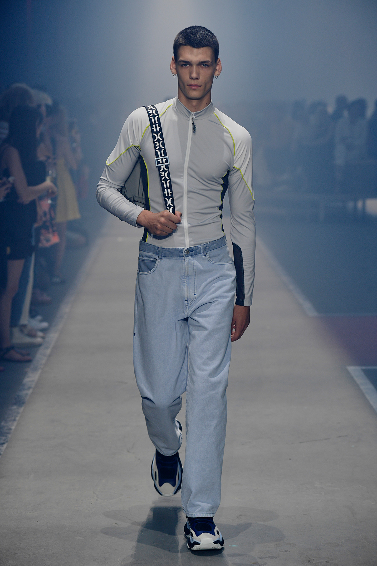 Hugo Boss SpringSummer 2019 Collection – New York Fashion Week recommendations