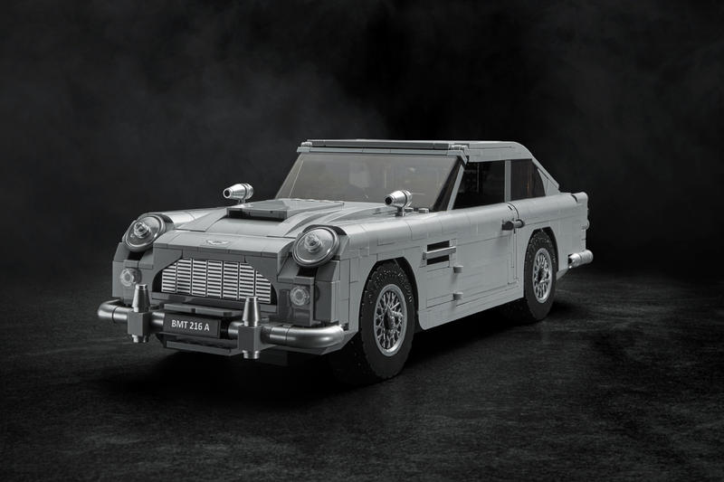 LEGO James Bond Aston Martin DB5 Creator Expert Model