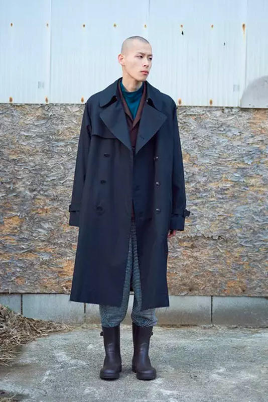 Markaware Fall Winter 2018 Lookbook Shunsuke Ishikawa outerwear jackets hoodies sweatshirts suits plaid houndstooth patterns suits menswear Japanese fashion outdoors cold weather collection