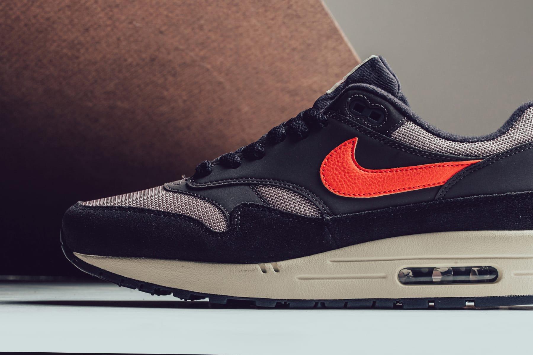 """Nike Air Max 1 Fuses """"Oil Grey"""" \u0026 """"Wild"""