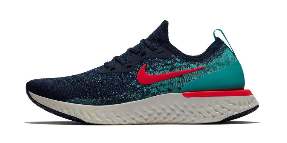 Nike Epic React Flyknit Gets a Bold