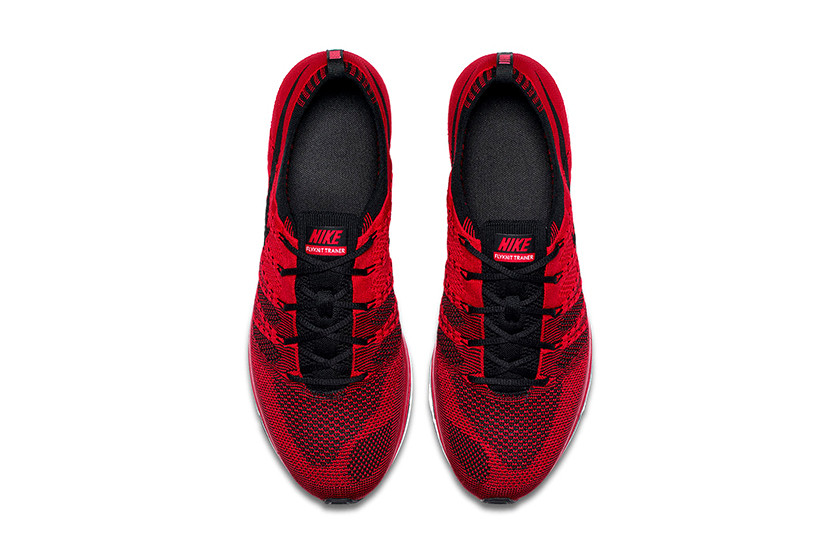 red nike flyknit trainer