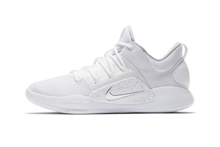 b04b81ba9e6e Nike Debuts the Hyperdunk X Low in