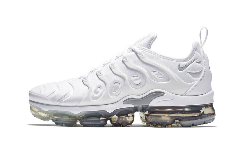 """Nike Releases the Air VaporMax Plus in """"Wolf Grey/Pure Platinum"""""""
