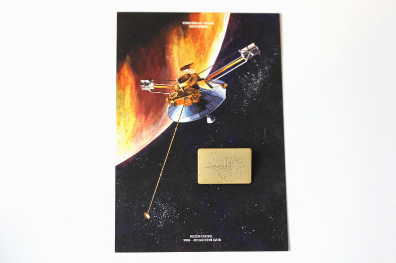 duane king pintrill pioneer 10 plaque pin nasa accessories