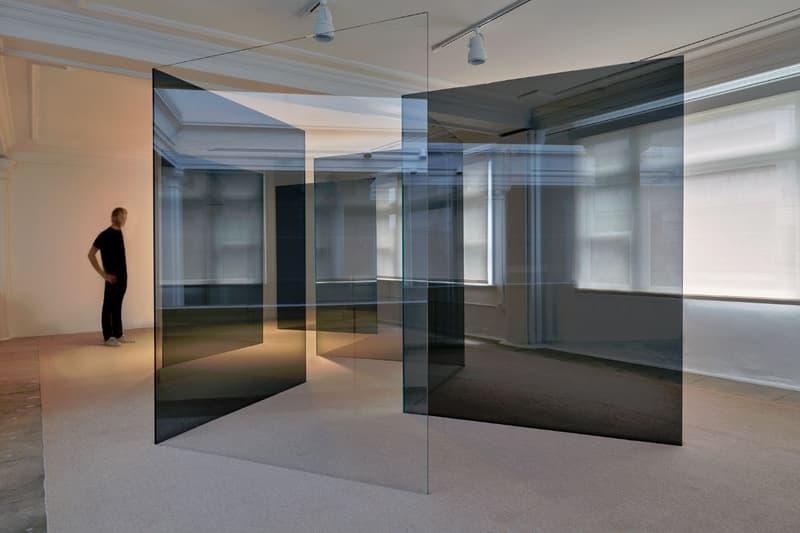 hayward gallery space shifters exhibition anish kapoor yayoi kusama robert irwin artworks installations