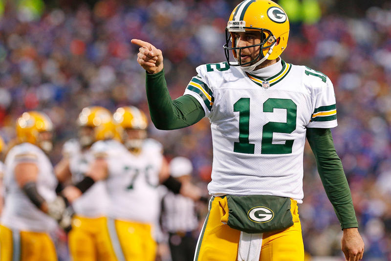 aaron rodgers green bay packers nfl sports 2018 august