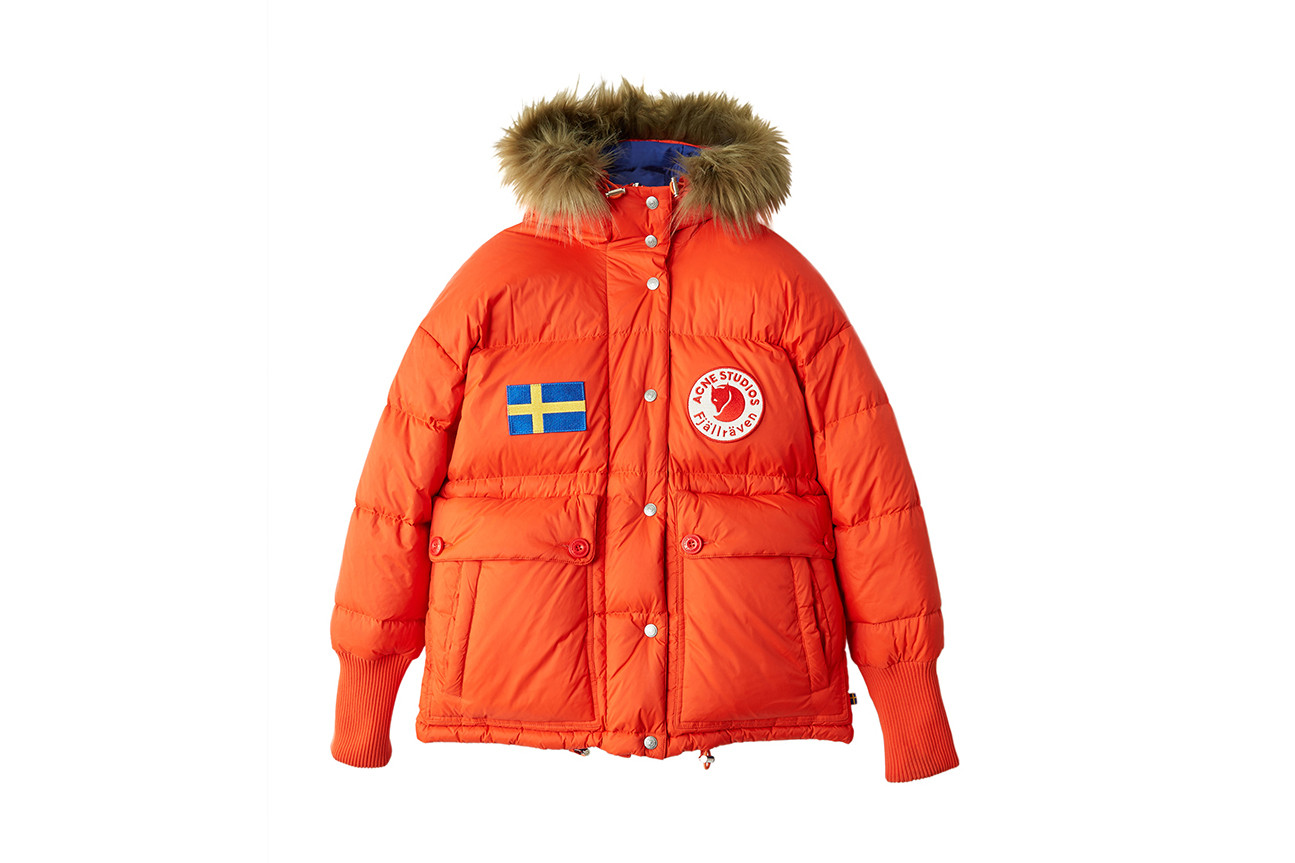Acne Studios Fjällräven Collab Lookbook Collaboration Collection Fashion Clothing Cop Purchase Buy Available Soon Kanken Hiking Exploration Backpack T-shirt Coat Jacket Trousers Zip Shorts Sleeping Bag Camouflage Swedish
