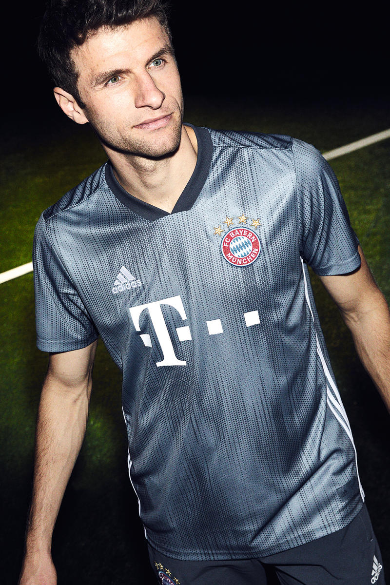 adidas Football FC Bayern Munich 2019 Third Jersey Kit Sports Soccer Fashion Clothing