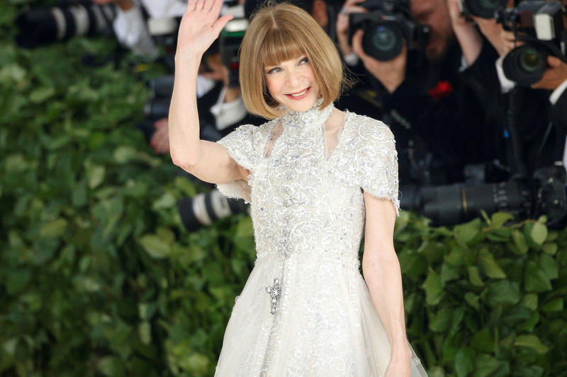Anna Wintour Remaining at Vogue and Condé Nast Magazine Fashion editor print press Bob Sauerberg