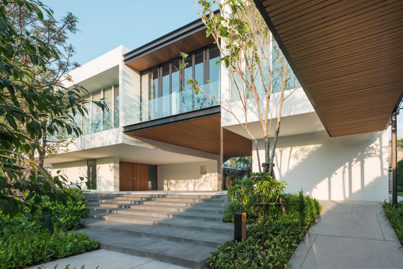 BAAN RORB Integrated Field Thailand Homes Houses Modern Interior Exterior Design Gardens Wooden Architecture Architects