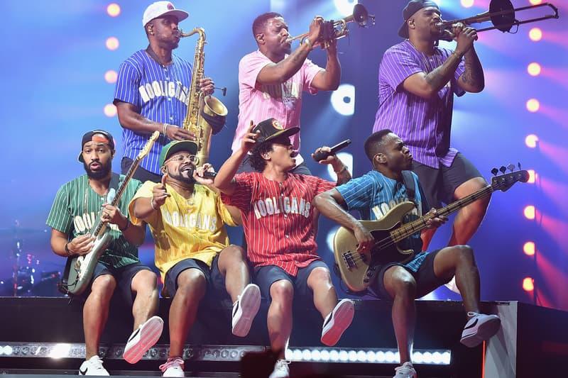 Bruno Mars Ciara Boyz II Men Ella Mai Charlie Wilson 24k Magic World Tour