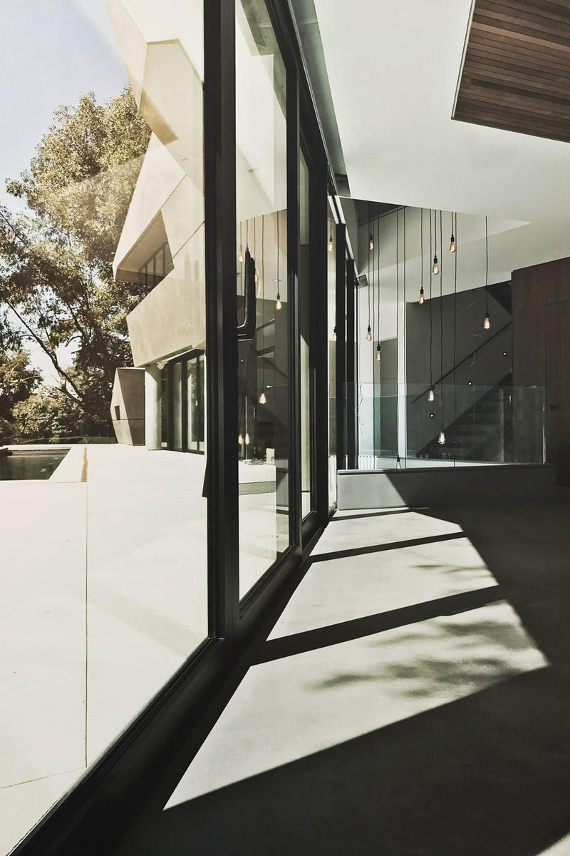 Hollywood Hills House Tighe Architecture Los Angeles California Musician Modern Interior Exterior Design Inspiration Swimming Pool Plaster Glass Concrete Wood
