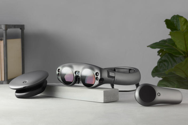 Magic leap one creator edition goggles lightpack augmented reality 2295 shipping buy available sale sell
