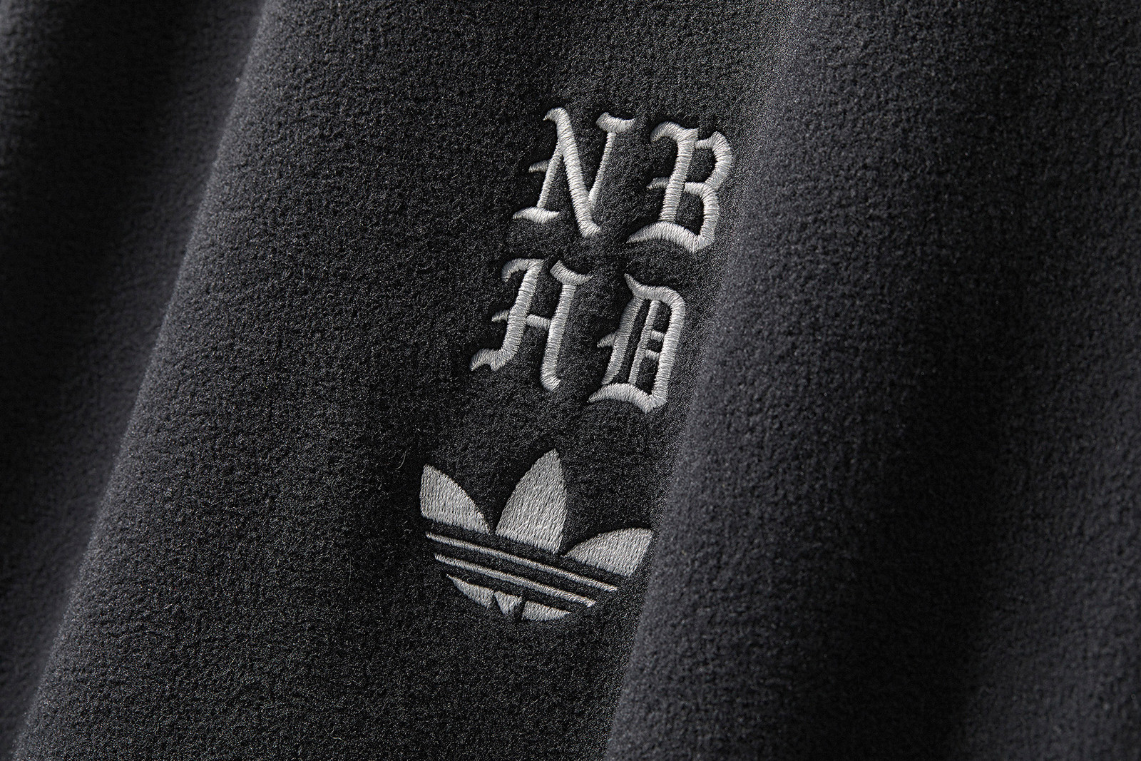 NEIGHBORHOOD adidas Originals Fall Winter 2018 lookbook cali thornhill dewitt la los angeles shinsuke takizawa japan collaboration collection official look drop release date info kamanda tracksuit sneaker september 1 2018 Stan Smith I-5923 graphics