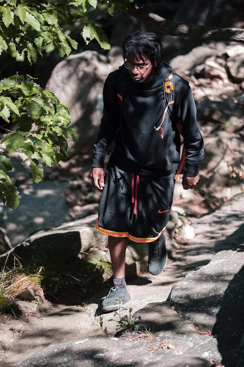 Nike ACG Fall/Winter 2018 Collection Clothing Fashion Cop Purchase Buy size? Fleece Jacket Dog Mountain Sneakers Release August 25