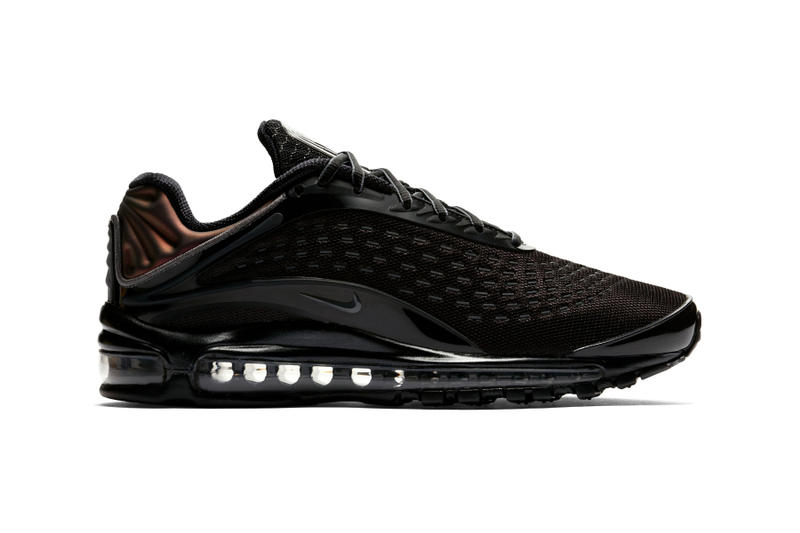 sale retailer 11788 6797f Classic with a twist. Nike Air Max Deluxe