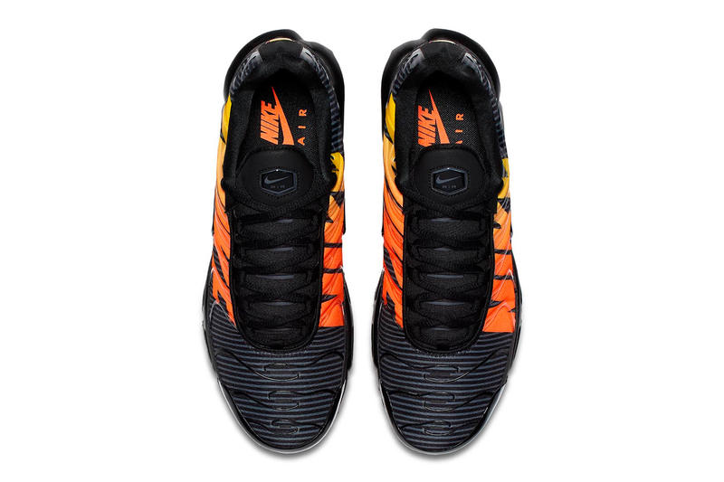 Nike Air Max Plus SE black orange
