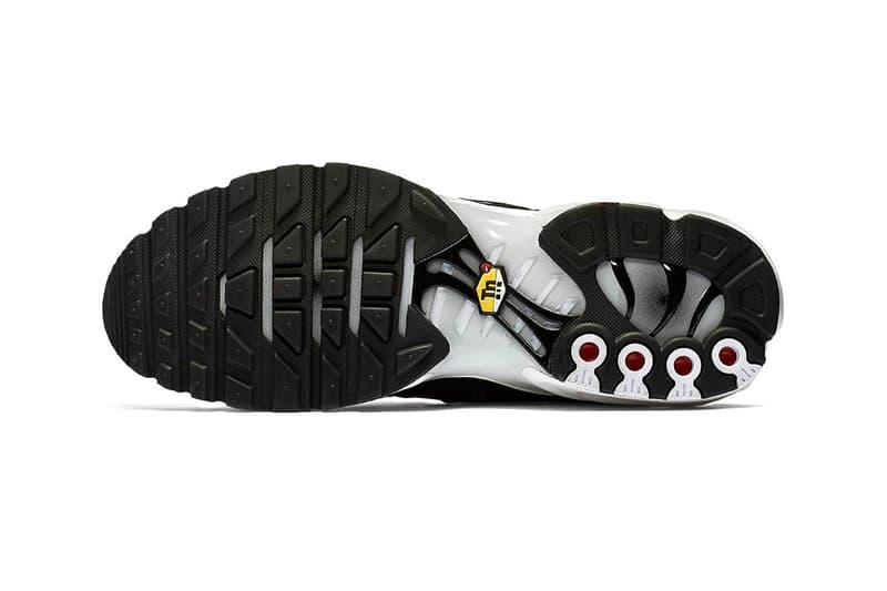 Nike Air Max Plus SE black pure white