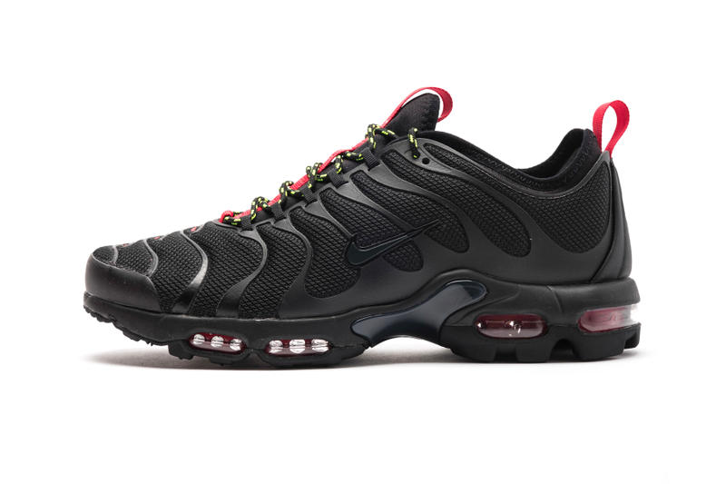 pretty nice 00fd7 c4f4b All-black sneakers for the summer. Nike Air Max Plus TN Ultra Black  Anthracite release date price sneaker purchase red 2018 summer