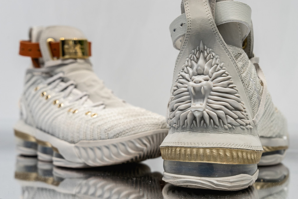 969283761fa The HFR x Nike LeBron 16 Is Fit for a Queen