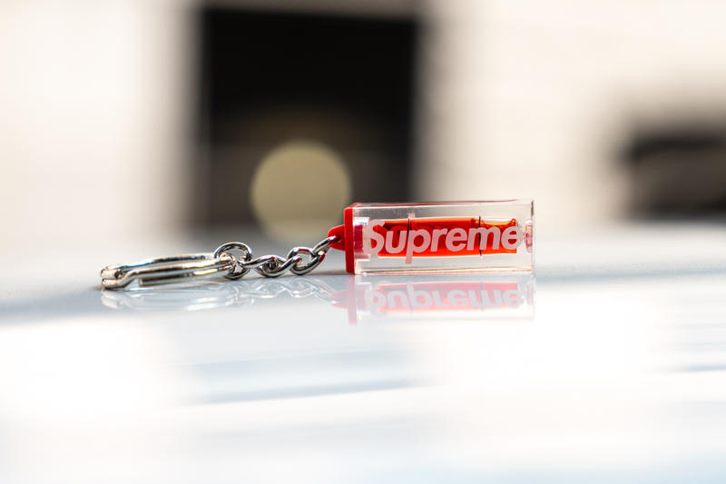 supreme fall winter 2018 drop day key chain free gift
