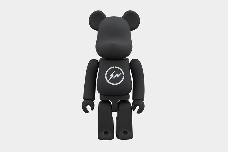 The Conveni Ginza Sony Park 2018 Collection Hiroshi Fujiwara Cop Purchase Buy Coming Soon Clothing Accessories Mugs T-shirts Poncho Rain Plates Umbrella Lighter Bearbrick BE@RBRICK Medicom Toy Candle Soap Water Batteries Snacks Umaibo