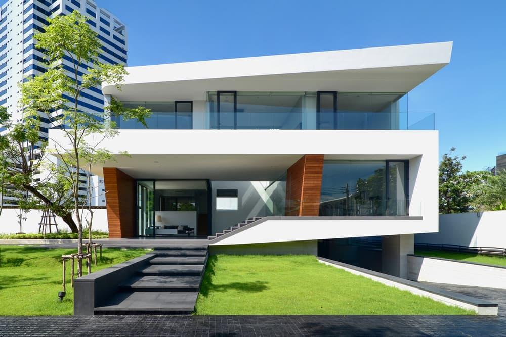 Modern Bangkok Home Features a Waterfall at Its Center