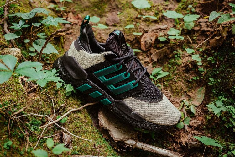 3098e2939 adidas Consortium   Packer Shoes Wrap EQT 91 18 in Outdoors-Ready Colorway