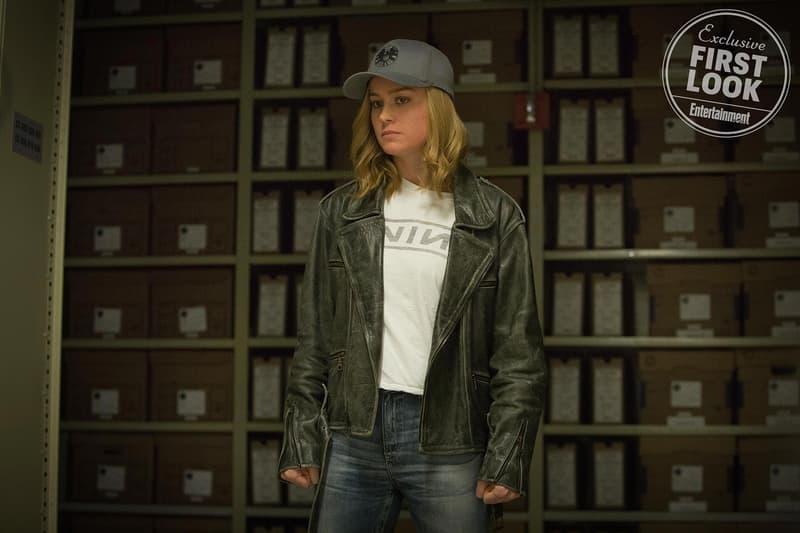 Captain Marvel Brie Larson Carol Danvers Samuel L Jackson Clark Gregg Jude Law Gemma Chan First Look Trailer Stream Watch Movie Film Entertainment Superheroes Entertainment Weekly Cover Plot Interview