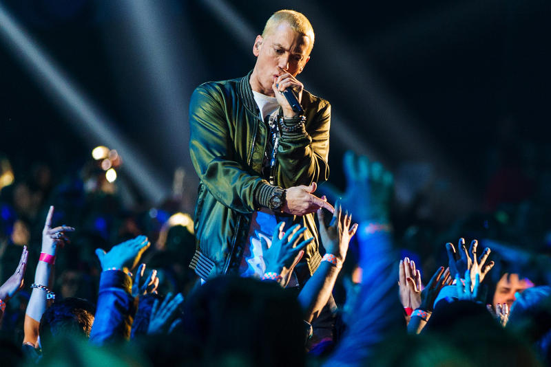 "Eminem's ""KILLSHOT"" YouTube Record Hip-Hop Video Music Listen Machine Gun Kelly Chart Data Beef Started Origins"