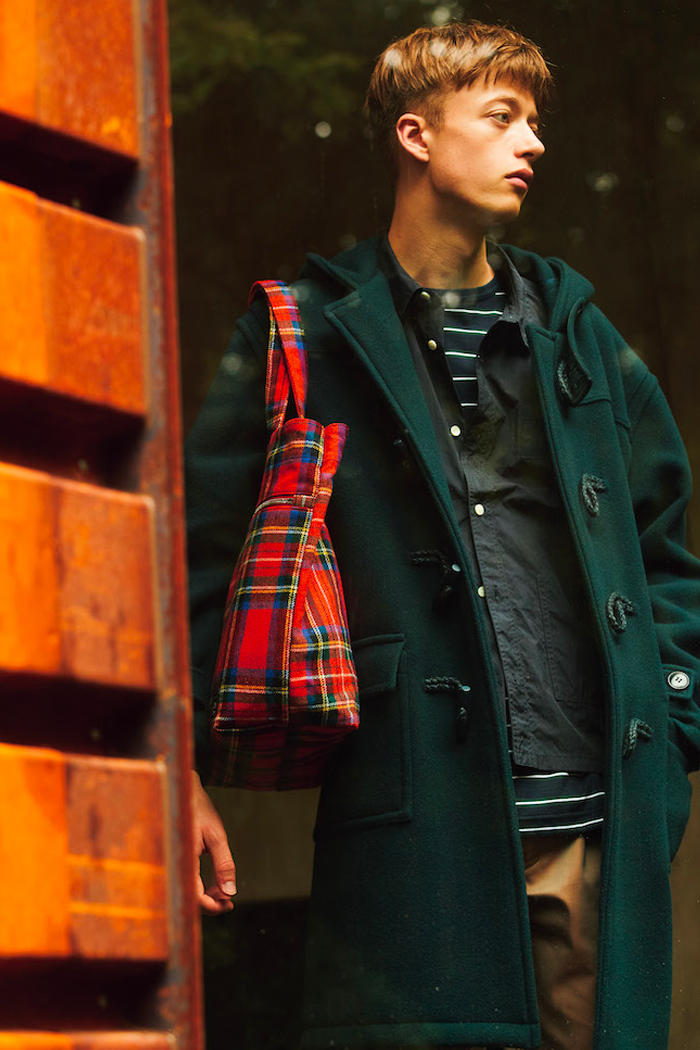 HEAD PORTER Fall Winter 2018 Lookbook collection HEAD PORTER PLUS bags accessories jackets sweaters hoodies pants