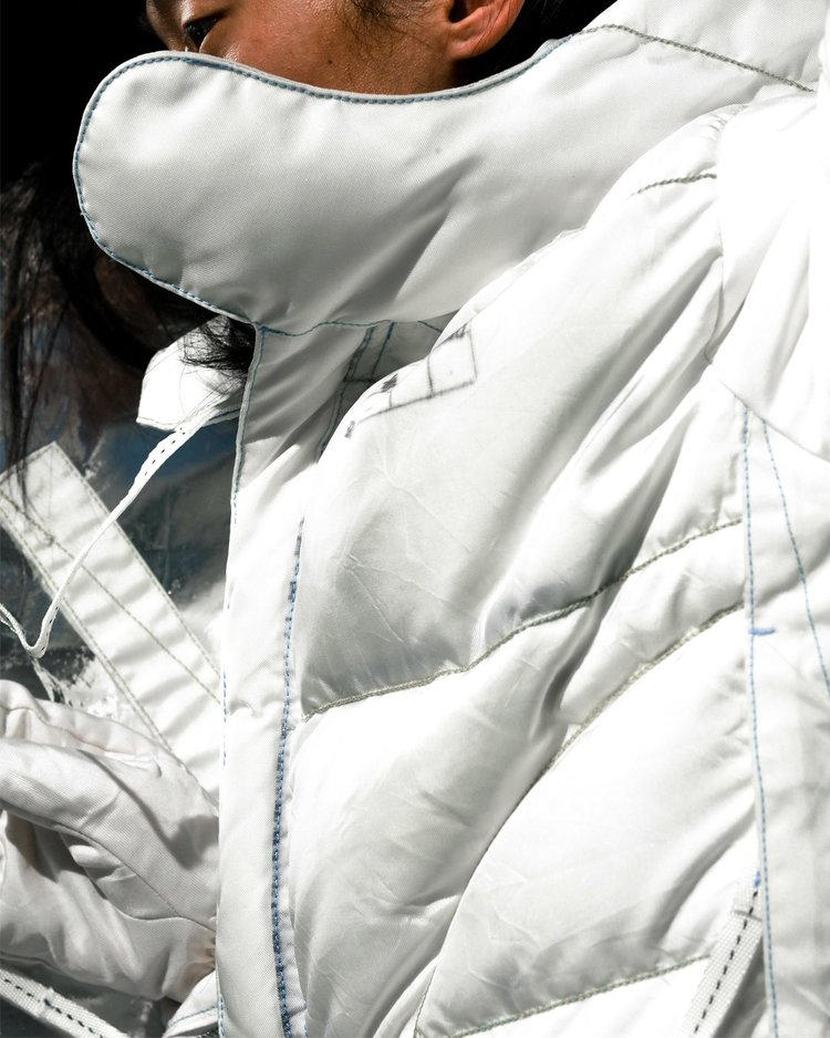 KANGHYUK Fall Winter 2018 Collection 4 Release white Long Jacket With Gloves Half Parka windbreaker jumper streetwear editorial lookbook