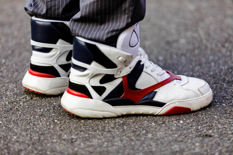 Milan Fashion Week Spring/Summer 2019 Street Style ss19 streetwear sneakers