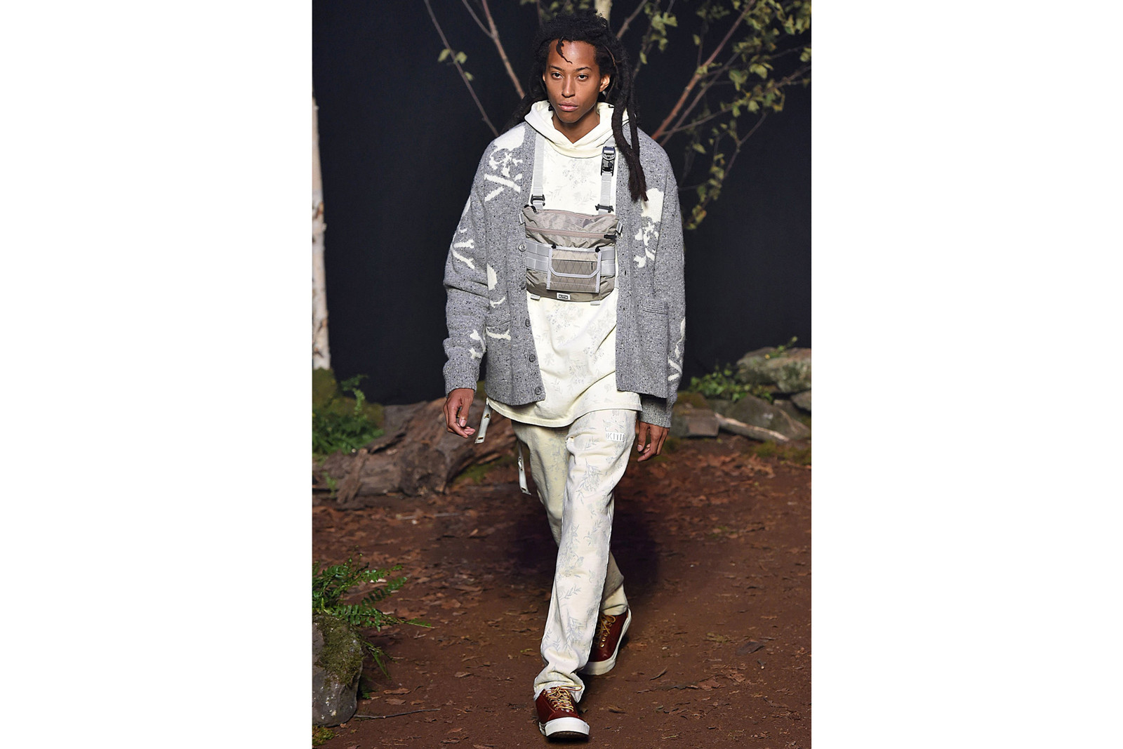 new york fashion week best runway shows presentations pyer moss matthew adam dolan raf simons calvin klein 205w39nyc kith park Deveaux tommy ton spring summer 2019 fall winter 2018 collection collaborations versace tommy hilfiger greg lauren vans converse ugg mastermind japan world ronnie fieg