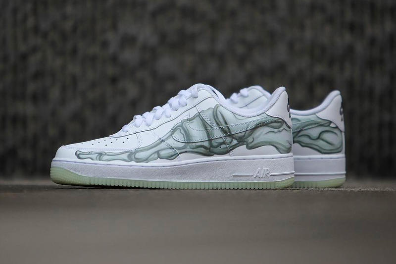 best service 34257 d01f3 Nike Air Force 1 QS