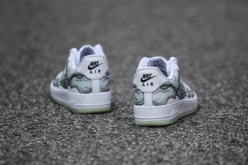 f26d2138370c Nike Air Force 1 QS
