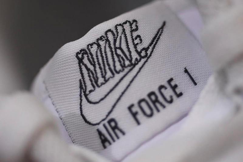 new concept 08c67 2acf7 Nike Air Force 1 QS
