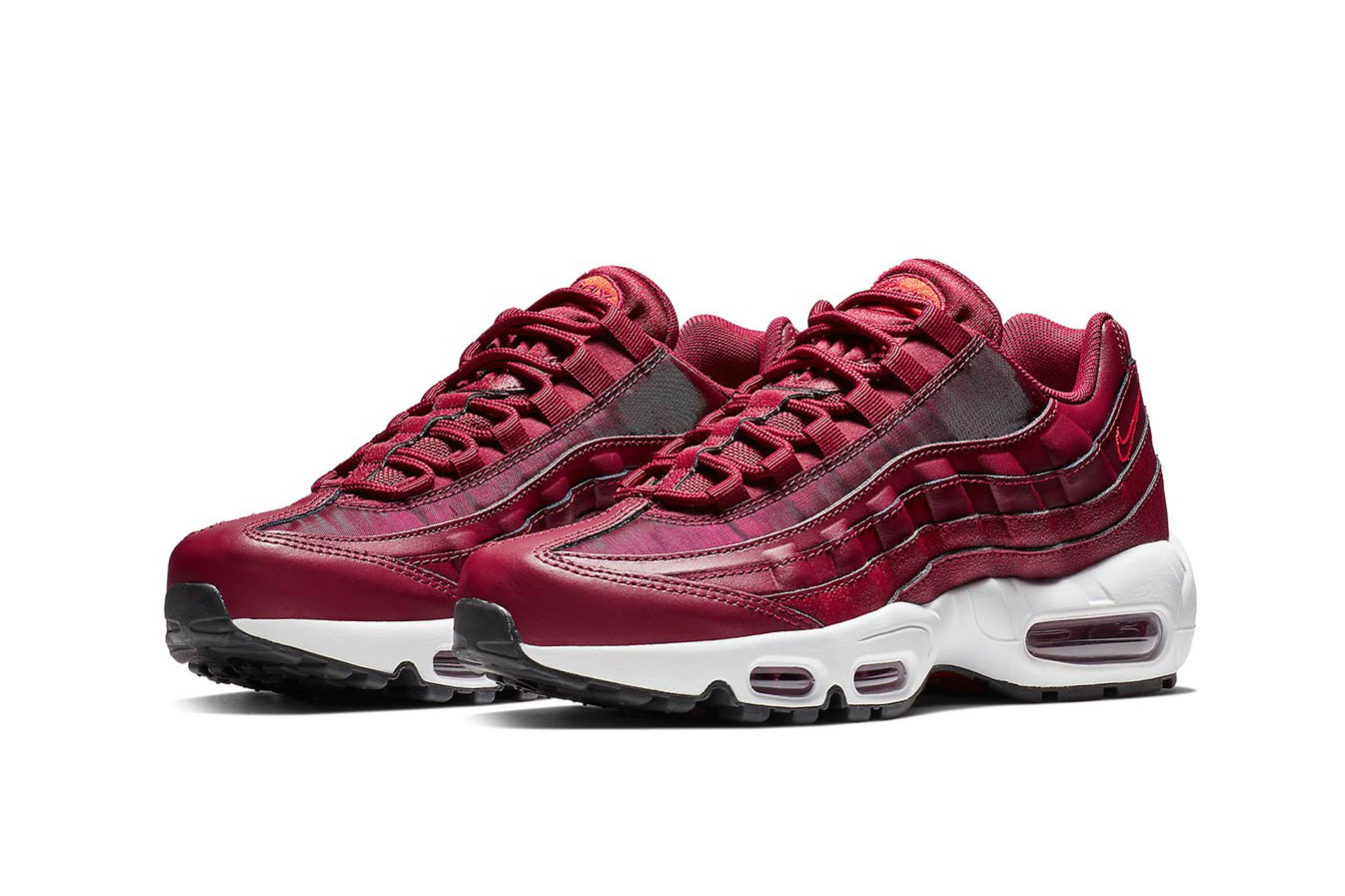 """Nike Air Max 95 """"Team Red"""" Release"""