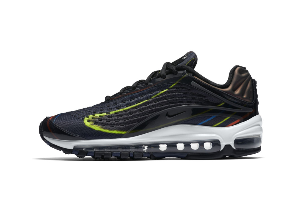 competitive price 6edd9 42649 ... silver - atomic orange) Nike s Air Max Deluxe Gets a ...