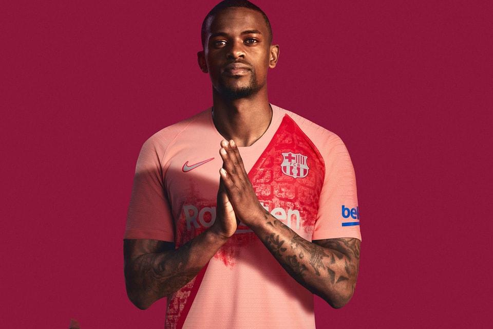 ae1841998 Nike FC Barcelona 2018 19 Third Kit Details